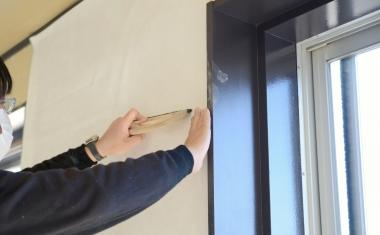 マンション売却に壁紙の貼り替えは必須?壁紙の汚れが売却に与える影響を検証