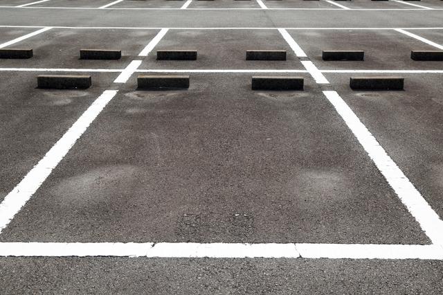 駐車場経営_儲かるの_月極駐車場
